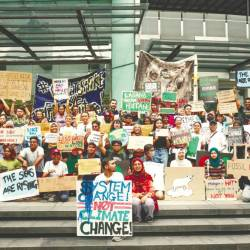 Climate change rally in front of Sogo, Kuala Lumpur on April 21, 2019. — Sunpix by Ashraf Shamsul
