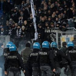Eintracht Frankfurt's fans clashed with police during their side's 3-1 Europa League win at Lazio. — AFP