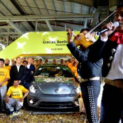 A mariachi band celebrated that launch of the final edition Beetle from its Mexican factory in Puebla yesterday.