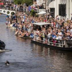 Dutch Former World Champion Maarten van der Weijden passing Dokkum during his second attempt to swim along the Elfstedentocht. — AFP Relaxnews