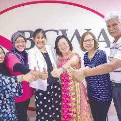 Bowling for fun and health ... (from left) Mazidah, Shareen, Ranjit, Chang, BCWA committee member Janet Khor, and Dina. – Adib Rawi Yahya/theSUN