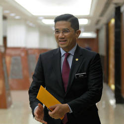 PKR wants Azmin to explain in person his absence from meetings