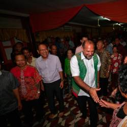 Communications and Multimedia Minister Gobind Singh Deo speaks with residents of the Hendry Nuni Anak Plen longhouse in Gelam, Ulu Sebauh. - Bernama