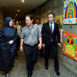 From left: Turkey's Ambassador to Malaysia, Dr Merve Safa Kavakci (2nd L) with ourism, Arts and Culture Minister Datuk Mohamaddin Ketapi (2nd R) during the 'Whirling Dervishes of Rumi and Marbling Art Show' presentation held Monday night in Kuala Lumpur. — Bernama