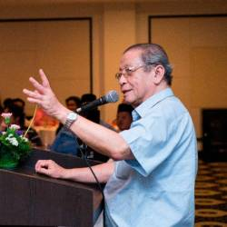 Kit Siang urges PH to accelerate reforms