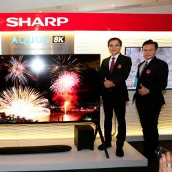 From left SM Tok, Hashimoto, Wu, and Ting at the launch of the AQUOS 8K TV line-up.