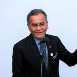 M40 group not left out in terms of medical assistance: Dzulkefly