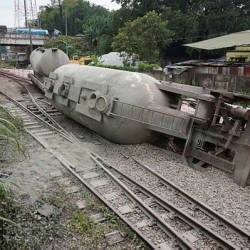 The view of the train that had derailed earlier last Wednesday near Rawang station.