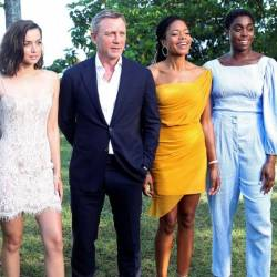 Actors Lea Seydoux, Ana de Armas, Daniel Craig, Naomie Harris and Lashana Lynch pose during a photocall for Bond 25. — Reuters