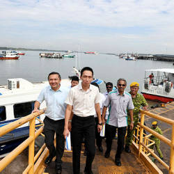 Filepix taken on June 14 shows Port Klang Authority (PKA) chairman Ean Yong Hian Wah (centre) visiting the South Port Passenger Terminal.