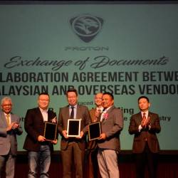 "From left: Proton deputy CEO Datuk Radzaif Mohamed, ECARX vice-president Li Pu, Proton marketing director Cheng Seng Fook, Ong, Altel Communications Sdn Bhd CEO Mohamed Rozaidi Md Sharif and Li during the collaboration agreement exchange.*ECARX is a ""strategically invested and independently operated technology innovation company of Geely Group""."