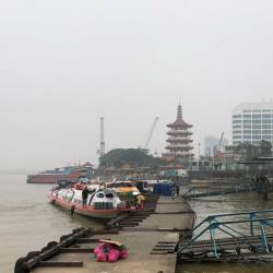 View at express boat jetty Daro, Matu, Igan, Oya Dalat in Jalan Khoo Peng Long Sibu on Sept 19. — Bernama