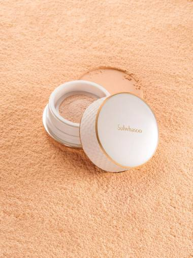 The Sulwhasoo Perfecting Powder comes in three shades. – COURTESY OF SULWHASOO MALAYSIA