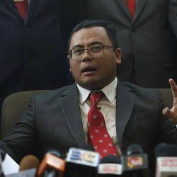 Selangor to study price threshold for foreigners: Amirudin