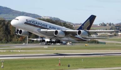 SE Asians consider emergency powers, Singapore carrier grounds fleet 1