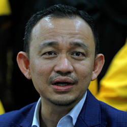 Education Minister Dr Maszlee Malik during the press conference after the official launch of International Islamic University Malaysia (IIUM) Student Union in IIUM today. — Bernama