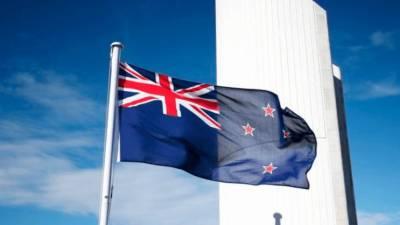 Ferries, airports swamped as Kiwi's rush home for virus lockdown 1