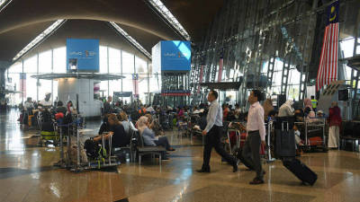 Covid-19 drags down M'sian airports' Feb passenger traffic by 23.4% 1