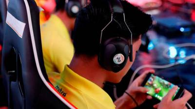 Injury, obesity, stress: eSports starts wising up to health problems