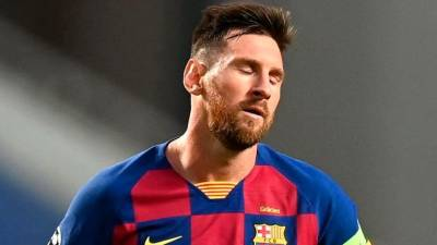 'Nothing surprises me anymore,' Messi laments Suarez departure