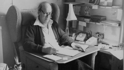 Family of Roald Dahl apologise from past remarks