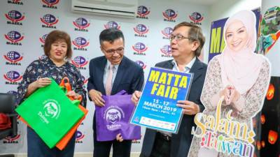 From left: Matta's Vice President (Outbound), Taiwan Tourism Bureau KL Office director Abe Chou, and Matta CEO Phua Tai Neng, during a press conference announcing Matta Fair 2019 favourite, on Feb 15, 2019. 1 Sunpix by Amirul Syafiq Mohd Din