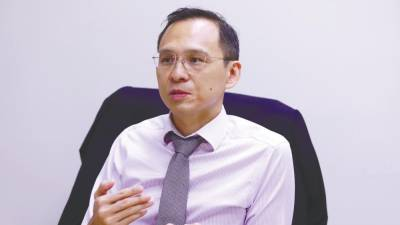 Dr Khoo: Colon cancer screenings prevent deaths from the disease by detecting polyps or benign growths at the early stages. – NORMAN HIU/THESUN