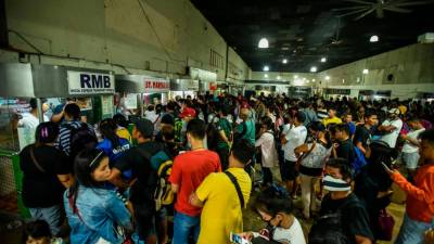 Manila to impose night-time curfew over virus 1