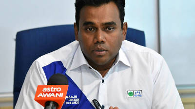BN MPs walk out of Dewan Rakyat after Speaker refuses to reinstate Sivarraajh