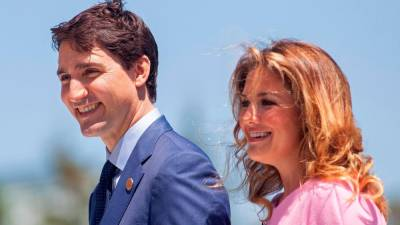 Canada PM's wife tests positive for new coronavirus 1
