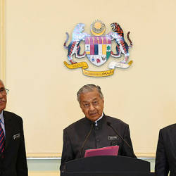 Prime Minister Tun Dr Mahathir Mohamad during a news conference after chairing a meeting of the Special Cabinet Committee on Anti-Corruption, at Putra Perdana today. — Bernama