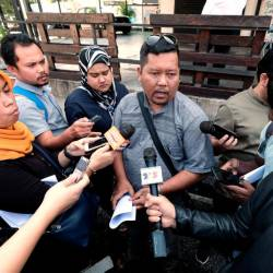 Bersatu Lumut division member, Syed Razif Syed Rabii spoke to reporters about allegations of corruption involving road maintenance contracts under Malaysian Road Record Information System (Marris) budget at Jalan Dato Seri Ahmad Said on Oct 16, 2019. — Bernama