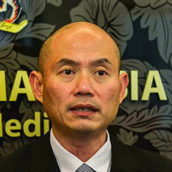 Waive visa fees for certain periods to attract tourists: Kepong MP