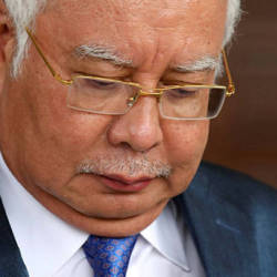 Najib's Top 3 Facebook trolls during this whole political fiasco