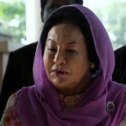 Rosmah has to declare her property acquisition