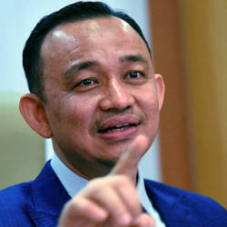Matriculation quota: UniSZA, UMT support Maszlee's statement
