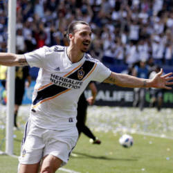 AC Milan offer Ibrahimovic six-month deal: Reports