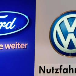 Volkswagen and Ford announced Tuesday that the automakers had agreed to an alliance to jointly develop commercial vans and pickups starting in 2022.