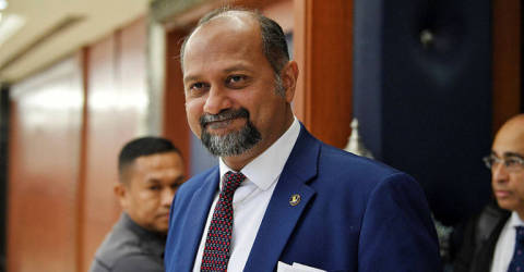 Complaints on transition from analogue to digital TV being dealt with: Gobind