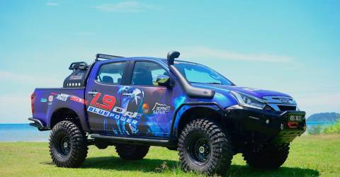 'Blue Monster' Isuzu D-Max 1.9 to do Borneo Safari