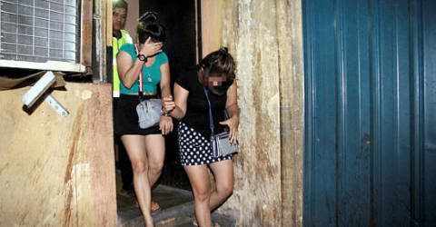 12 foreign women nabbed at 'B2B' massage parlours