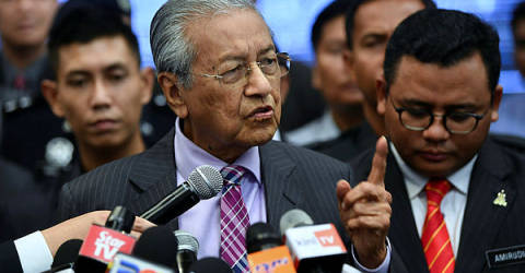 Zakir Naik's PR status can be revoked: Mahathir