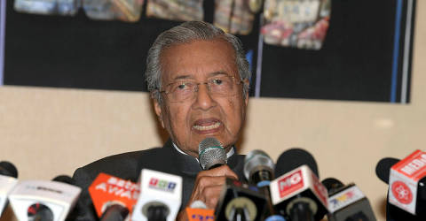 Democracy and political stability cannot come at the expense of innocent lives: Mahathir