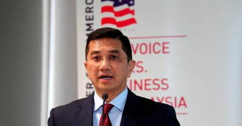 Don't sabotage country's recovery: Azmin