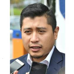 No need for Azmin pol-sec to record statement at Sepang Police HQ