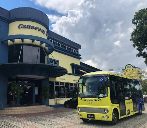 Ultra-low-floor minibus Hino Poncho to begin trial in Johor Bahru