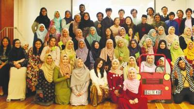 Malaysian students of the University of Otago in Dunedin, New Zealand during their Hari Raya Aidilfitri celebration in 2018. IThe get-together sees students of all races, religions and cultures coming together to celebrate the festive occasion.
