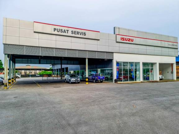 First Isuzu medium, heavy-duty lorry dealership in East Malaysia