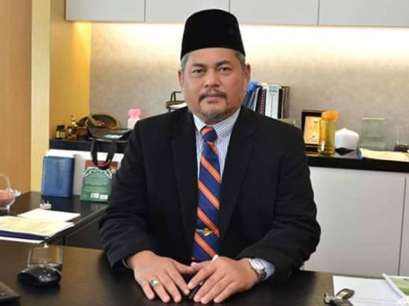 Hasanuddin focuses on traffic, schools in Semenyih