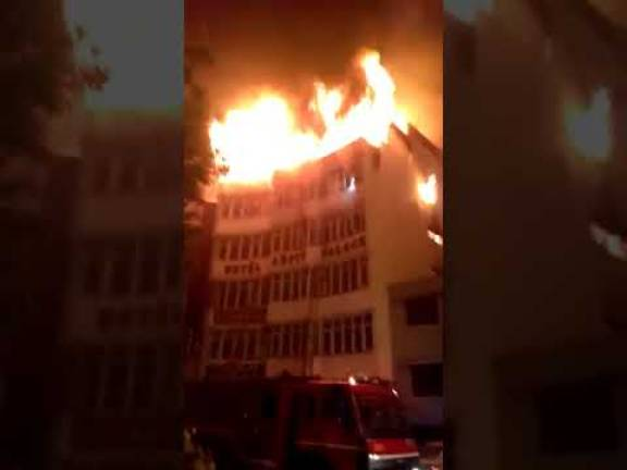 (Video) Fire in Delhi hotel kills at least 17, two jump to their death